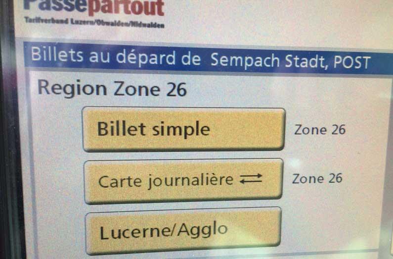 365 x Sempach Automate de billets de bus avec fautes en français!